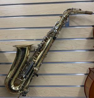 ALTO SAXAPHONE, YAMAHA, Model: YAS-23, W/HARD CASE: Alto Saxophone for Sale in Raleigh, NC