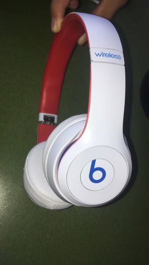 Beats solo pro 3 for Sale in San Diego, CA