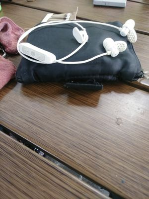 Jlab Bluetooth headphones like new only 5$ for Sale in Larksville, PA