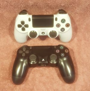 *GREAT CHRISTMAS GIFT* WIRELESS SONY PS4 CONTROLLERS for Sale in Tucson, AZ
