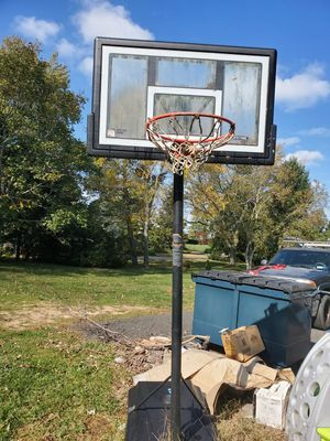 Basketball Hoop for Sale in Cutchogue, NY