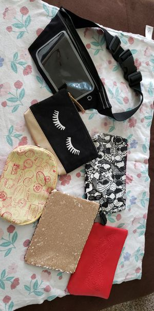 Makeup bags and phone fanny pack for Sale in Tacoma, WA