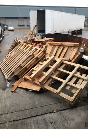 Free pallets. Come any time. ALWAYS AVAILABLE WE DONT RUN OUT OF THEM!!! So before you message yes we have them. 5014 Harding place for Sale in Nashville, TN