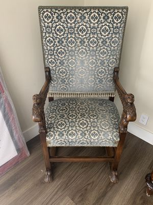 Antique chair. Delicate wood work. Beautiful. Pick up only for Sale in Los Angeles, CA