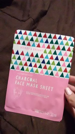 Simple Pleasures - Merry & Bright Face Mask and Nail files for Sale in Everett, MA