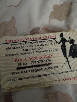 TIFFANIS VINTAGE CLOSET for Sale in Marlboro Township, NJ