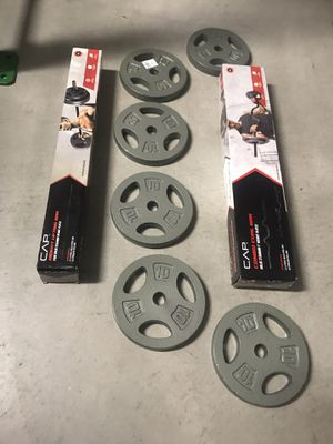 Weights 60 lbs & curl or straight bar new for Sale in Las Vegas, NV