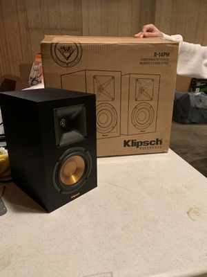 2 klipsch R-14PM perfect condition for Sale in Lawrenceville, GA