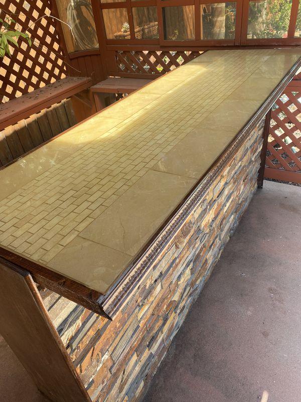 10'x10' gazebo with custom bar top.