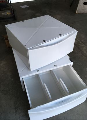 Washer Dryer Base for Sale in Middletown, OH