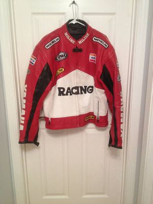 Used Yamaha motorcycle jacket-leather for Sale in Addison, IL