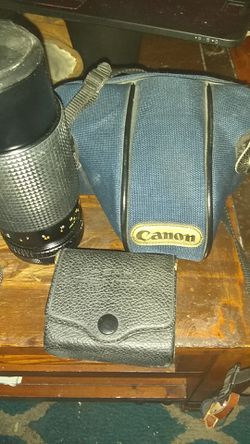 Canon t50 with zoom lens for Sale in Denver,  CO