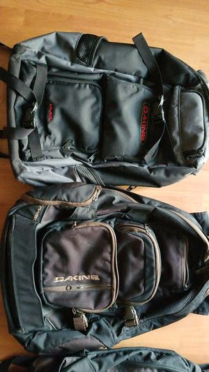 Dakine backpack for Sale in Sacramento, CA
