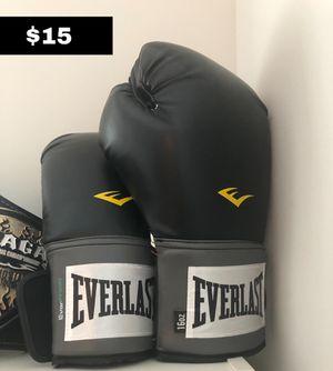 box glove for Sale in Framingham, MA