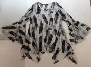 ANTHROPOLOGE ******** DOR DOR Couture~ Black & White GYPSY PEASANT Tunic Blouse Shirt Top~ for Sale in Los Altos, CA