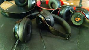 Beats Solo Wired Headphones for Sale in Grenada, MS