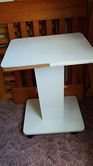 White Roller table Desk Plant Stand for Sale in New Port Richey, FL