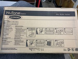 """NuTone Kitchen Exhaust Hood 30"""" and non-ducted Model RL6230SS for Sale in Kenmore, WA"""