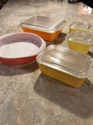 Vintage Pyrex Orange Refrigerator Dishes/Pink Pie Dish for Sale in Tucson, AZ