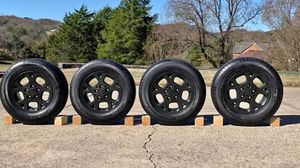 "16"" black matte Jeep rims for Sale in Nashville, TN"