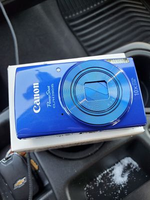 Canon PowerShot ELPH 190 IS Digital Camera for Sale in Fontana, CA