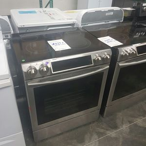 SAMSUNG Slide in Range Power Burner digital display for Sale in Chino Hills, CA