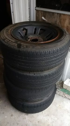 Tires and rims 5 lugs for Sale in NW PRT RCHY, FL
