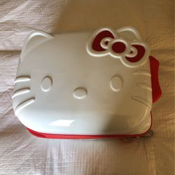 Hello Kitty Suitcase for Sale in La Habra,  CA