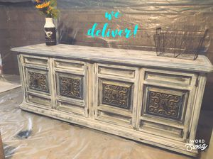 Gorgeous Sideboard Buffett Dining entry table farmhouse rustic for Sale in Glendale, AZ