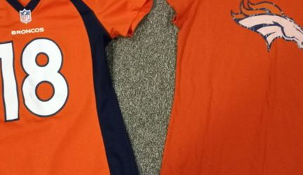 Denver Broncos Jersey & Shirt New for Sale in Boise,  ID