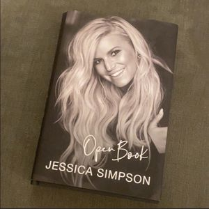 """Jessica Simpson """"Open Book"""" 📚 for Sale in Pittsburgh, PA"""