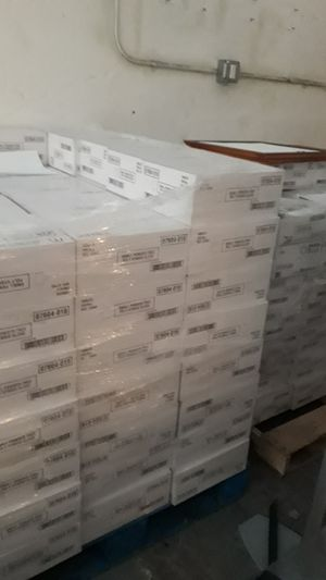 2 pallets of disposable gloves! for Sale in Los Angeles, CA