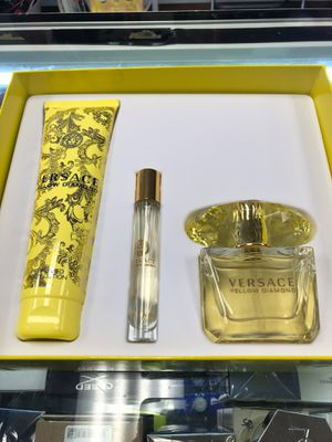 Versace Yellow diamond set 3oz for Sale in Hollywood, FL