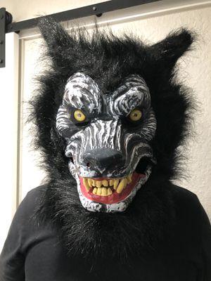 Very realistic looking wolf mask for Halloween or a costume party for Sale in Miami, FL