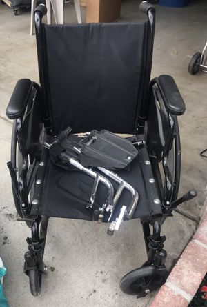 Wheel chair good conditions $40 firm for Sale in Los Angeles, CA