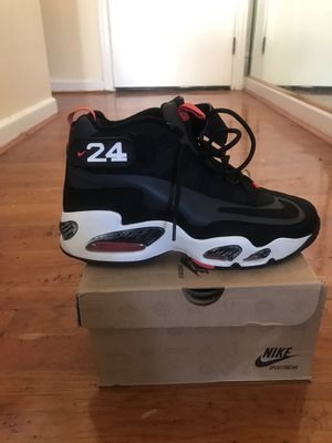 Air Griffey Max 1 Size 9.5 excellent condition for Sale in Washington, DC