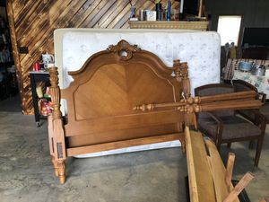 Solid wood Queen 4 poster headboard and frame and queen size mattress and box springs for Sale in Marceline, MO