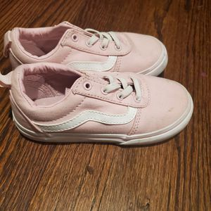 Toddler girl pink vans size 10 for Sale in Baltimore, MD