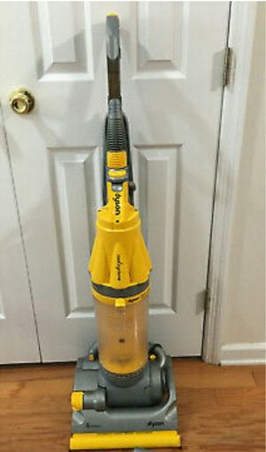 Dyson DC07 Upright Cyclone Animal Vacuum for Sale in Lakeland, FL