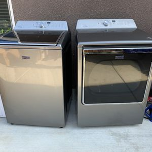 Maytag bravo XL Washer And Dryer for Sale in Bakersfield, CA