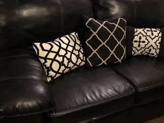 Leather Sofa & Loveseat for Sale in Las Vegas,  NV