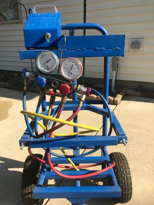 AC charging station R134 with vacuum pump for Sale in Normal, IL