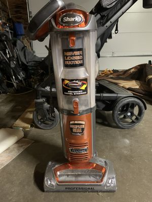 Shark Vacuum for Sale in Waxahachie, TX