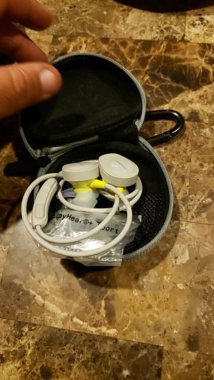 Bose bluetooth earbuds for Sale in Moreno Valley, CA