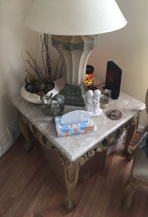 End tables and coffee table for Sale in Hyattsville, MD