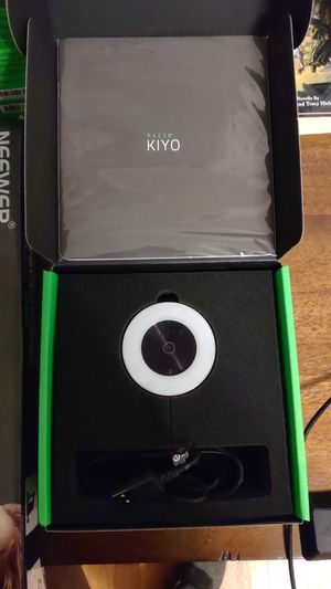 Razer Kiyo Webcam 720p, Razer Seiren X Microphone for Sale in Wilmington, NC