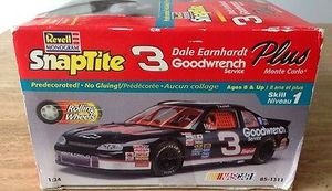 Revell 1998 Dale Earnhardt SnapTite -- Goodwrench Service Plus Monte Carlo Model Kit for Sale for sale  Tempe, AZ