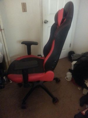 Vertagear PL-6000 Computer Gaming Chair for Sale in Oak Hills, CA