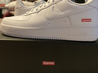 Supreme Nike Air Force 1 Low White for Sale in Anaheim,  CA