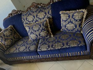 ROYAL BLUE & GOLD COUCH (pillows included) for Sale in Lancaster, CA